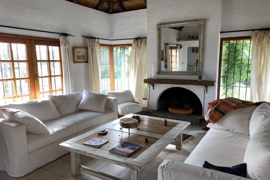 Punta del Este, Maldonado, Uruguay, 3 Habitaciones Habitaciones, ,3 BathroomsBathrooms,Casas,Venta,42745