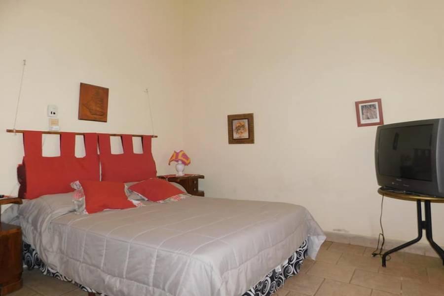 CERRILLOS, Salta, Argentina, 5 Habitaciones Habitaciones, ,4 BathroomsBathrooms,Casas,Venta,42798