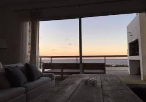 Punta del Este, Maldonado, Uruguay, 3 Habitaciones Habitaciones, ,4 BathroomsBathrooms,Casas,Venta,42811