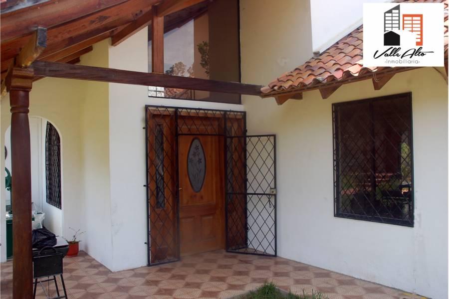Cuenca, AZUAY, Ecuador, 4 Habitaciones Habitaciones, ,3 BathroomsBathrooms,Casas,Venta,2,42847