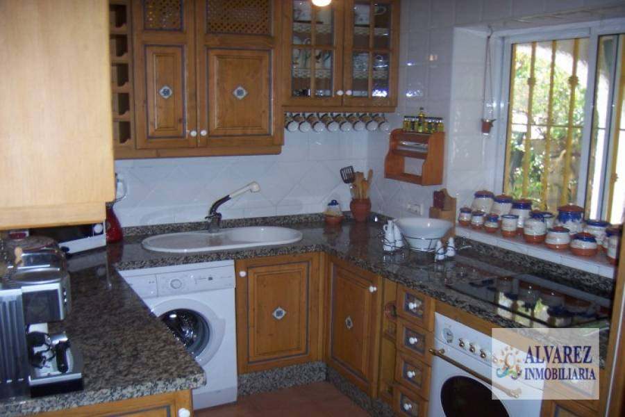 Torremolinos,Málaga,España,4 Bedrooms Bedrooms,2 BathroomsBathrooms,Chalets,4869