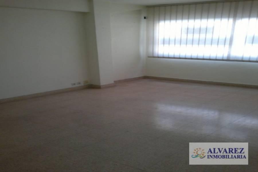 Torremolinos,Málaga,España,3 Bedrooms Bedrooms,1 BañoBathrooms,Oficinas,4910