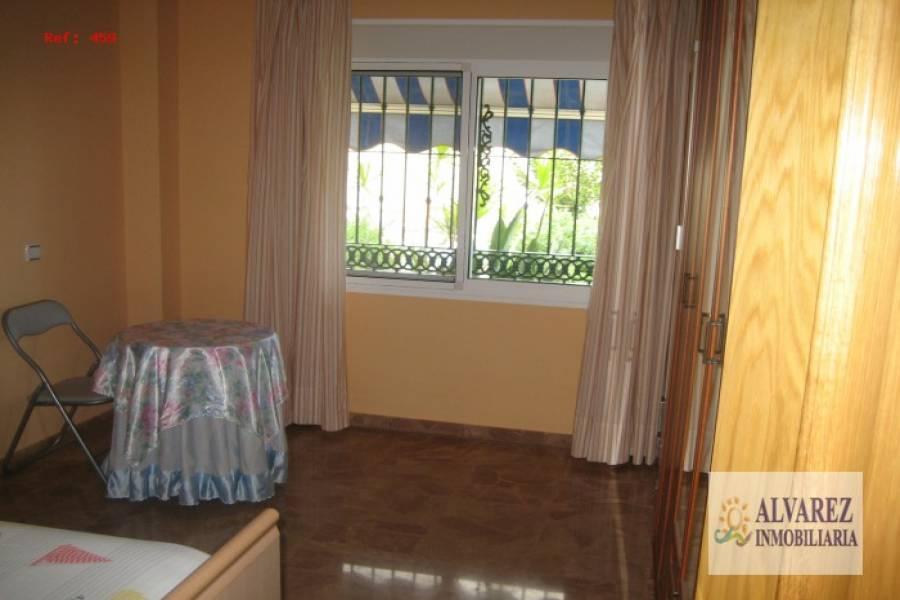 Málaga,Málaga,España,6 Bedrooms Bedrooms,3 BathroomsBathrooms,Fincas-Villas,4918