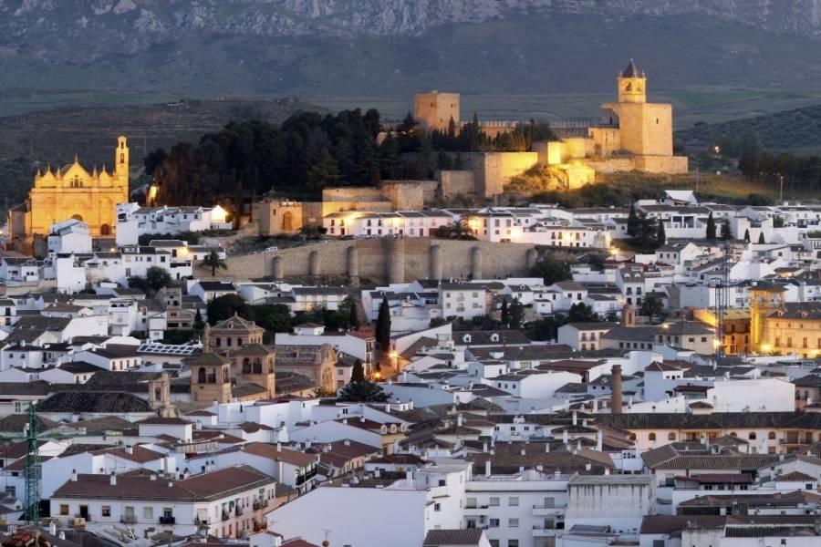 Antequera,Málaga,España,5 Bedrooms Bedrooms,2 BathroomsBathrooms,Edificios,4924