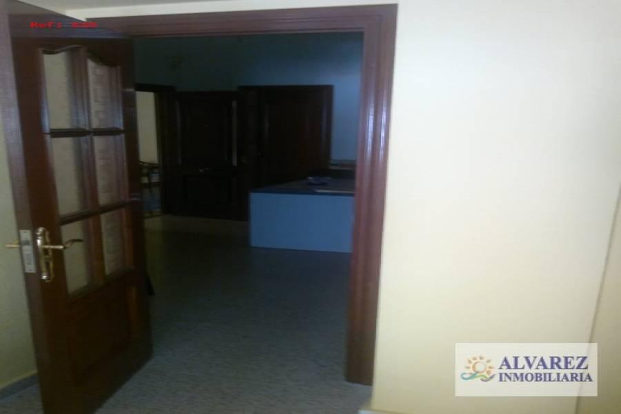 Torremolinos,Málaga,España,2 Bedrooms Bedrooms,Oficinas,4949