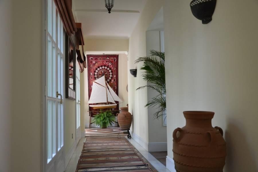 Marbella,Málaga,España,6 Bedrooms Bedrooms,7 BathroomsBathrooms,Fincas-Villas,5001