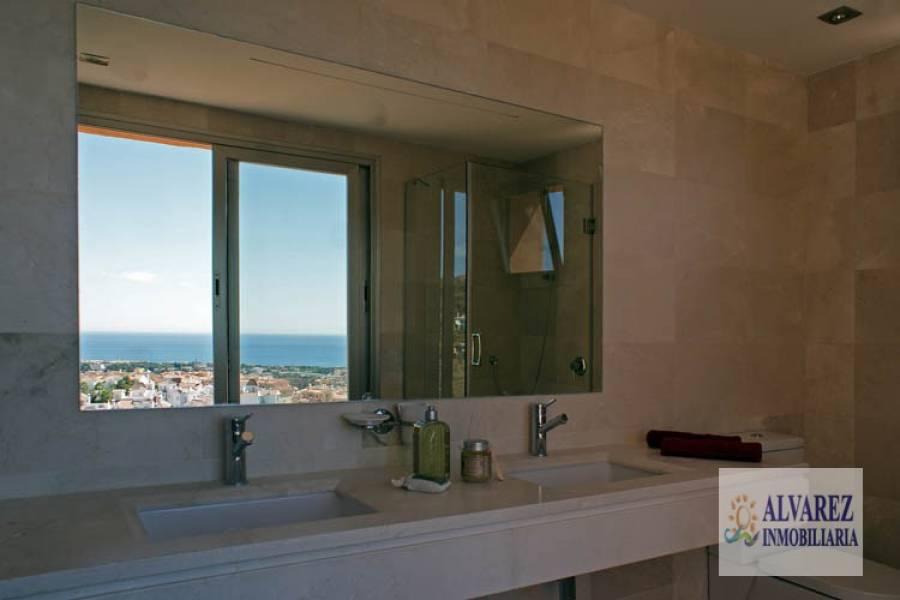 Mijas Costa,Málaga,España,4 Bedrooms Bedrooms,3 BathroomsBathrooms,Chalets,5008