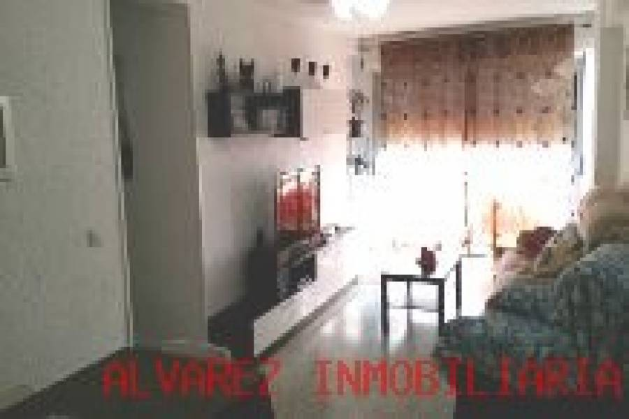 Torremolinos,Málaga,España,3 Bedrooms Bedrooms,1 BañoBathrooms,Pisos,5025