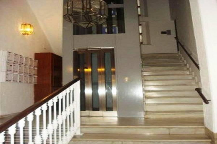 Málaga,Málaga,España,4 Bedrooms Bedrooms,1 BañoBathrooms,Pisos,5028