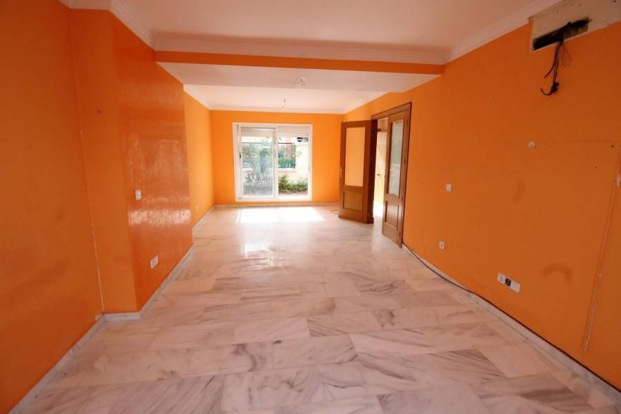 Vélez-Málaga,Málaga,España,4 Bedrooms Bedrooms,3 BathroomsBathrooms,Chalets,5051