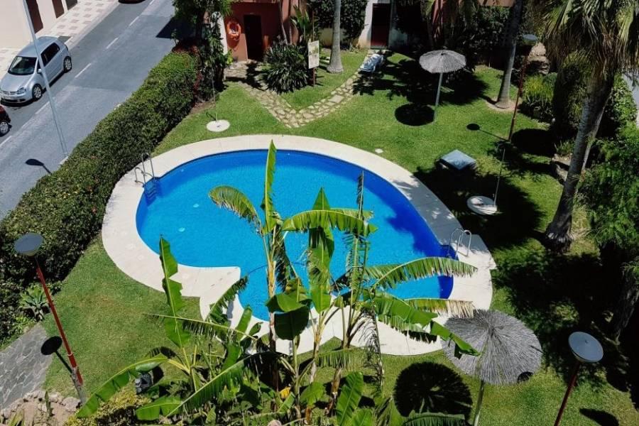 Benalmádena Costa,Málaga,España,2 Bedrooms Bedrooms,1 BañoBathrooms,Apartamentos,5062