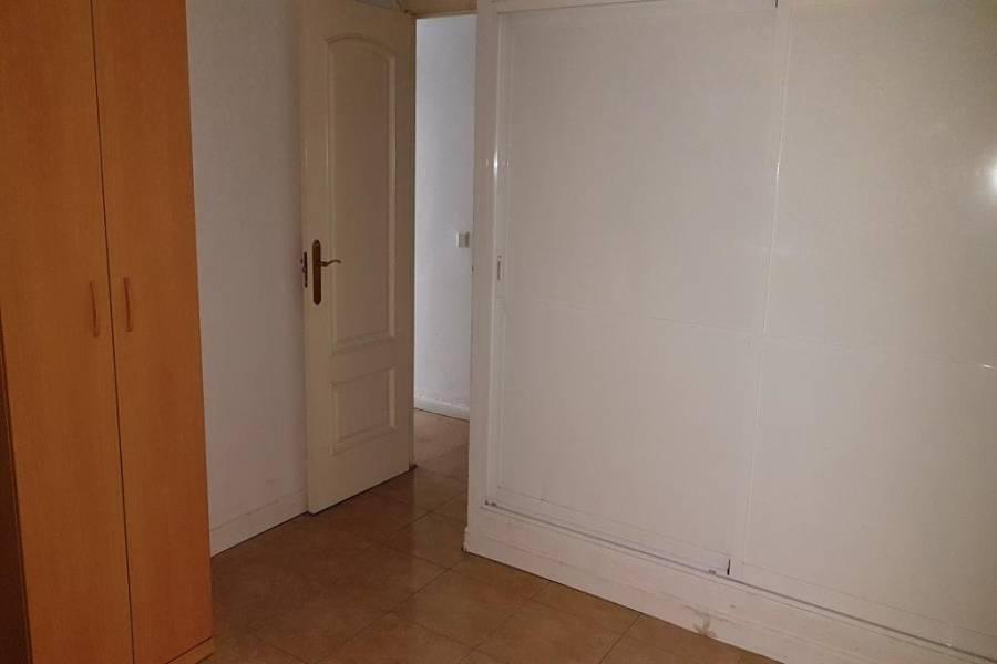 Fuengirola,Málaga,España,3 Bedrooms Bedrooms,2 BathroomsBathrooms,Pisos,5077