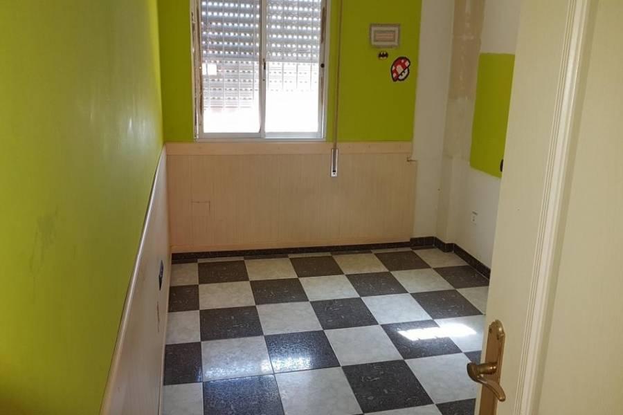 Torremolinos,Málaga,España,3 Bedrooms Bedrooms,1 BañoBathrooms,Pisos,5082