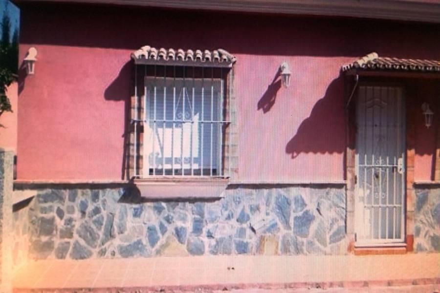 Alhaurín de la Torre,Málaga,España,7 Bedrooms Bedrooms,3 BathroomsBathrooms,Chalets,5161