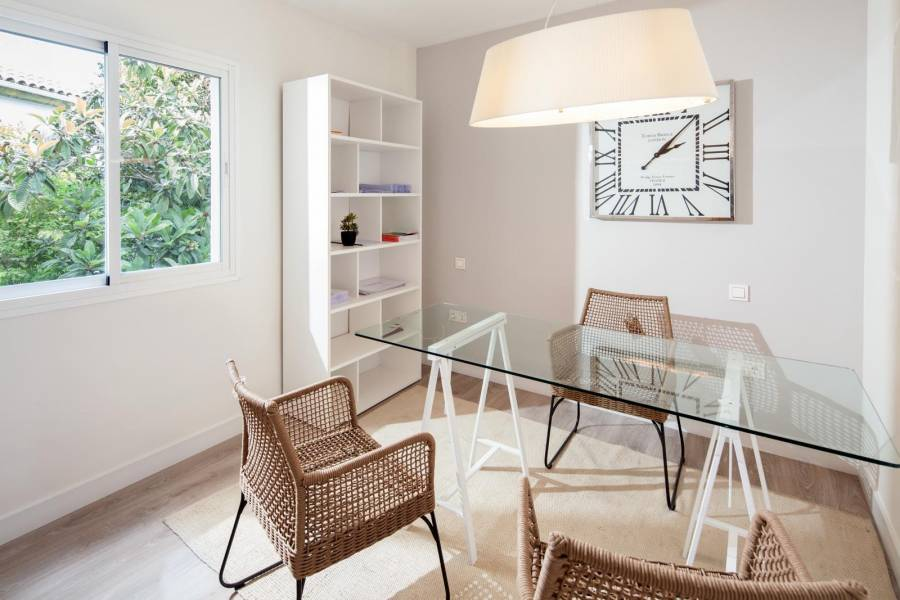 Marbella,Málaga,España,3 Bedrooms Bedrooms,2 BathroomsBathrooms,Apartamentos,5172