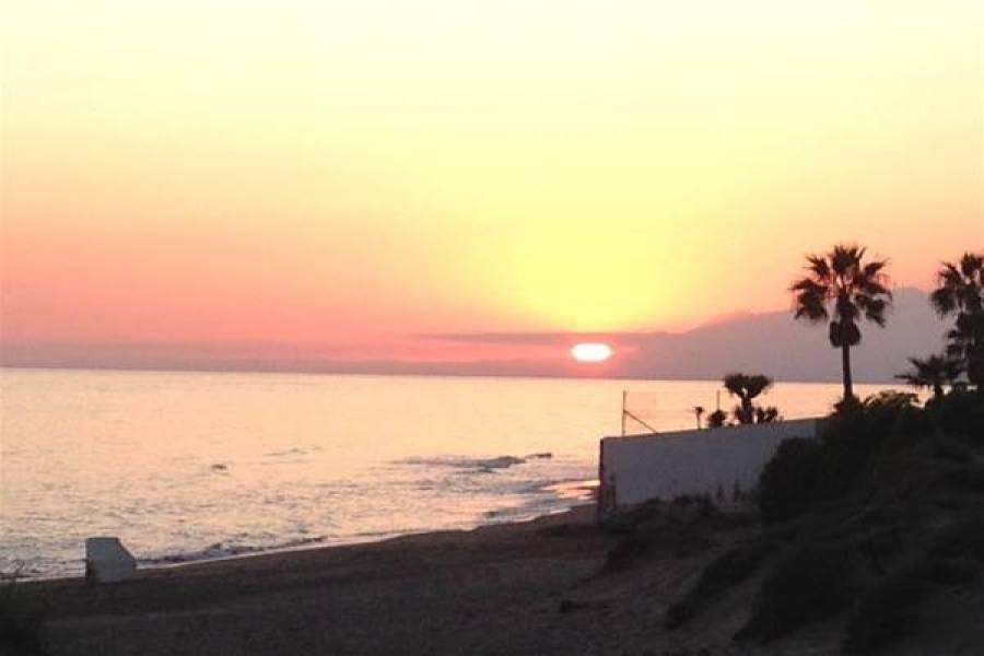 Marbella,Málaga,España,3 Bedrooms Bedrooms,1 BañoBathrooms,Apartamentos,5205
