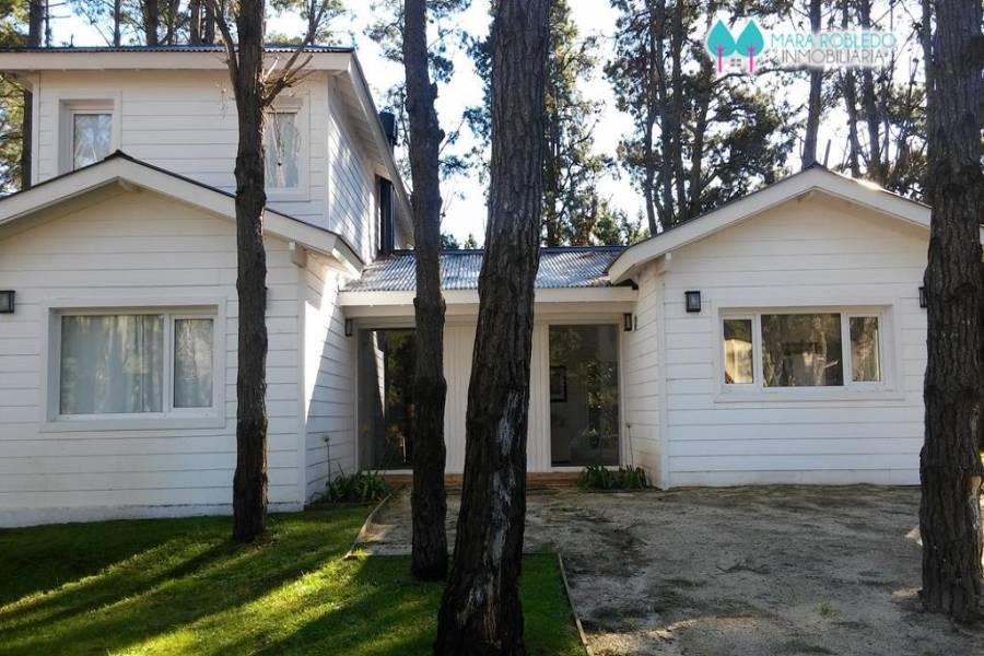 Costa Esmeralda,Buenos Aires,Argentina,3 Bedrooms Bedrooms,3 BathroomsBathrooms,Casas,DEPORTIVO 2,5241