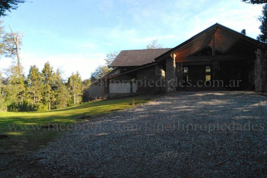 Villa La Angostura,Neuquén,Argentina,4 Bedrooms Bedrooms,5 BathroomsBathrooms,Casas,5250