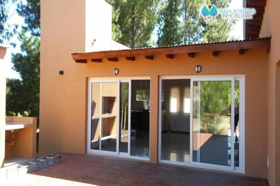 Costa Esmeralda,Buenos Aires,Argentina,3 Bedrooms Bedrooms,2 BathroomsBathrooms,Casas,DEPORTIVO 2,5253