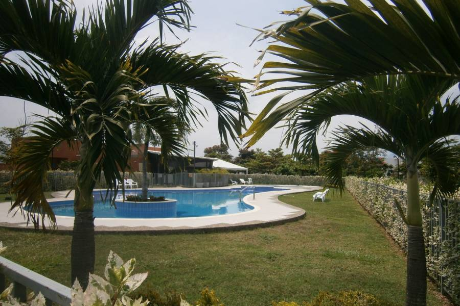 Cali,Valle del Cauca,Colombia,3 Bedrooms Bedrooms,3 BathroomsBathrooms,Casas,C.R. llanuras del Castillo,5270
