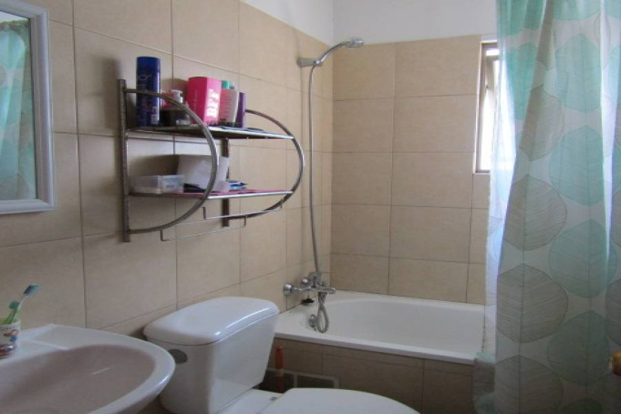 IMPERDIBLE! VER INFO...,3 Bedrooms Bedrooms,2 BathroomsBathrooms,Casas,Los Naranjos,5307