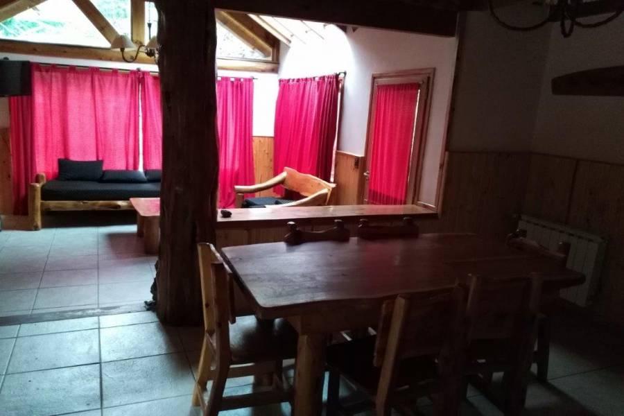 Villa La Angostura,Neuquén,Argentina,3 Bedrooms Bedrooms,2 BathroomsBathrooms,Casas,Los Pioneros,5310