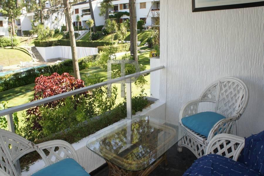 Punta del Este,Maldonado,Uruguay,2 Bedrooms Bedrooms,1 BañoBathrooms,Apartamentos,5351