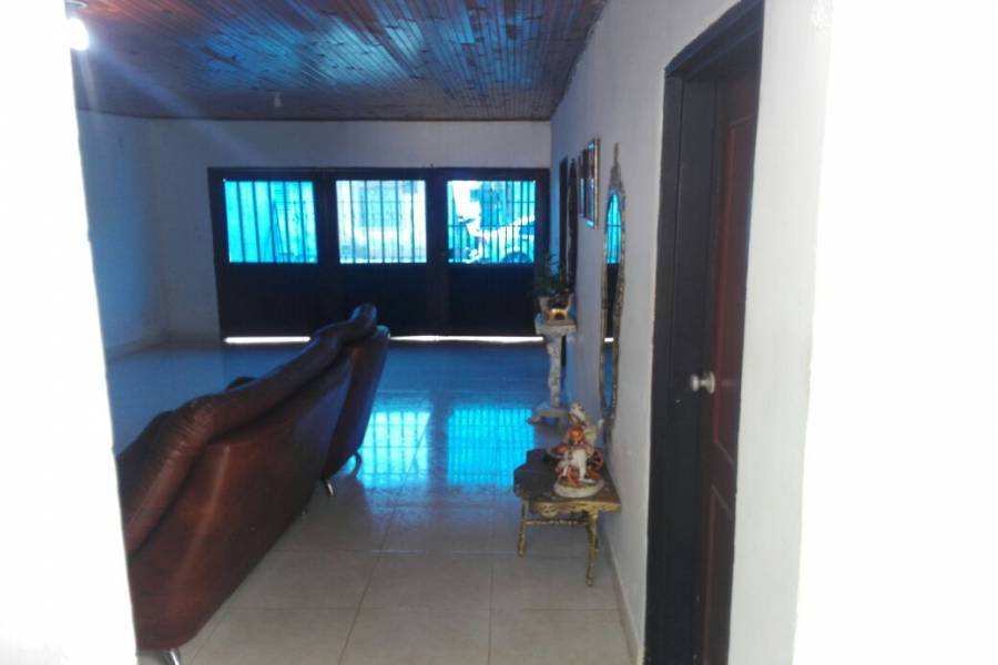 Cali,Valle del Cauca,Colombia,4 Bedrooms Bedrooms,2 BathroomsBathrooms,Casas,18,1,5376
