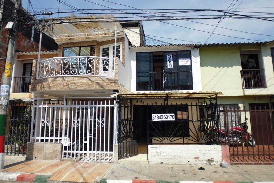 Cali,Valle del Cauca,Colombia,3 Bedrooms Bedrooms,2 BathroomsBathrooms,Casas,66,5427