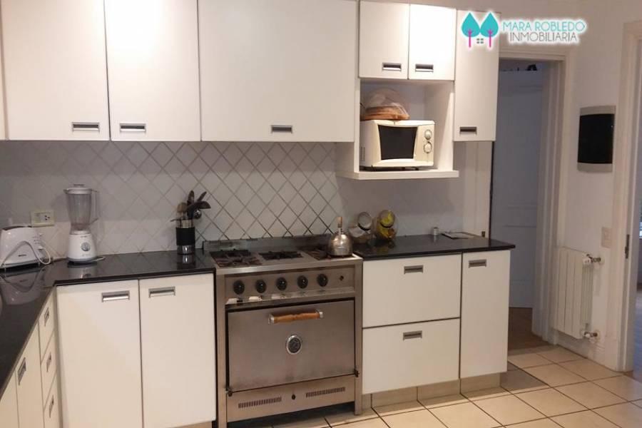 Costa Esmeralda,Buenos Aires,Argentina,4 Bedrooms Bedrooms,3 BathroomsBathrooms,Casas,GOLF 1 LOTE 245,5507