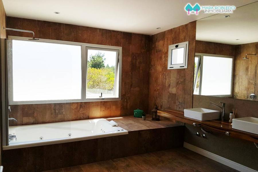 Costa Esmeralda,Buenos Aires,Argentina,4 Bedrooms Bedrooms,4 BathroomsBathrooms,Casas,GOLF 1 LOTE 276,5510