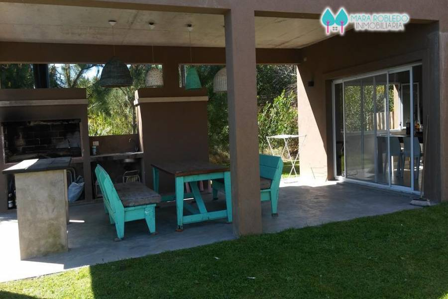 Costa Esmeralda,Buenos Aires,Argentina,4 Bedrooms Bedrooms,4 BathroomsBathrooms,Casas,GOLF 1 LOTE 52,5511