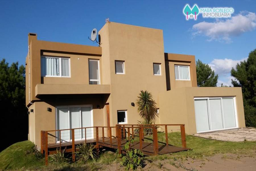 Costa Esmeralda,Buenos Aires,Argentina,6 Bedrooms Bedrooms,5 BathroomsBathrooms,Casas,GOLF 2 LOTE 290,5521