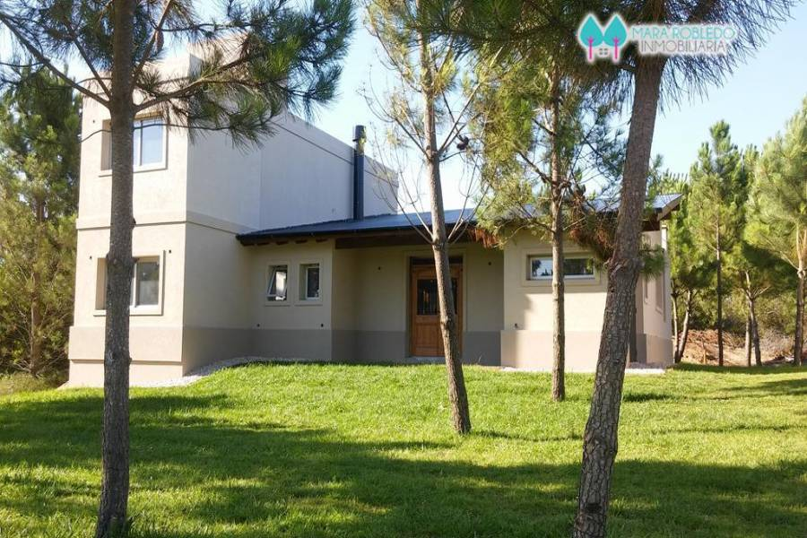 Costa Esmeralda,Buenos Aires,Argentina,4 Bedrooms Bedrooms,3 BathroomsBathrooms,Casas,GOLF 2 LOTE 301,5524