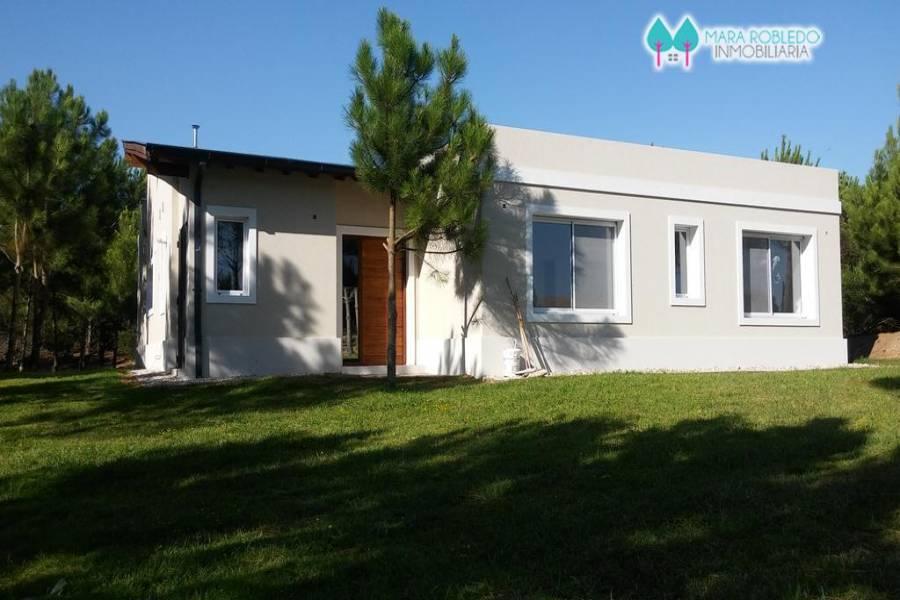 Costa Esmeralda,Buenos Aires,Argentina,4 Bedrooms Bedrooms,3 BathroomsBathrooms,Casas,GOLF 2 LOTE 302,5525