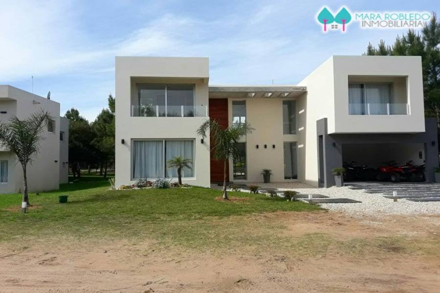 Costa Esmeralda,Buenos Aires,Argentina,5 Bedrooms Bedrooms,5 BathroomsBathrooms,Casas,GOLF 2 LOTE 349,5530