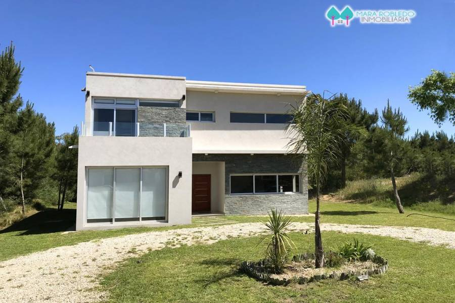 Costa Esmeralda,Buenos Aires,Argentina,4 Bedrooms Bedrooms,3 BathroomsBathrooms,Casas,GOLF 2 LOTE 370,5531