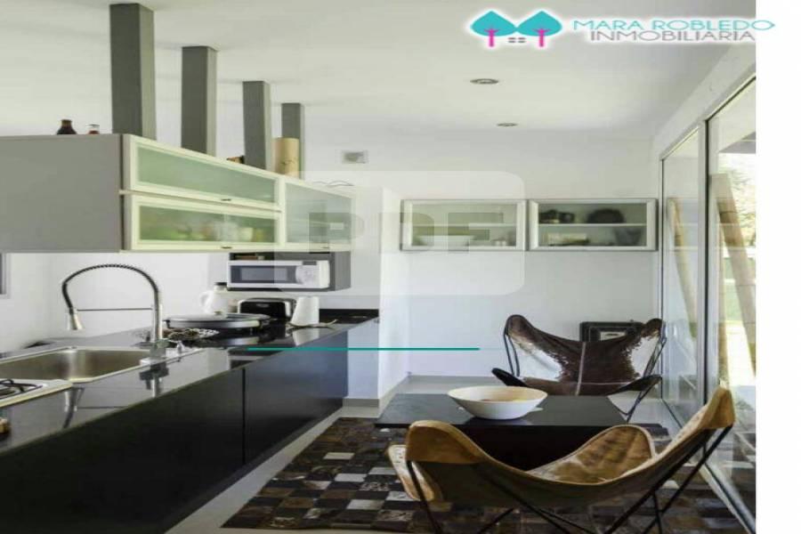 Costa Esmeralda,Buenos Aires,Argentina,5 Bedrooms Bedrooms,5 BathroomsBathrooms,Casas,GOLF 2 LOTE 540,5537