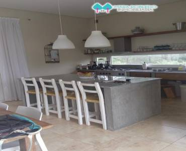 Costa Esmeralda,Buenos Aires,Argentina,4 Bedrooms Bedrooms,4 BathroomsBathrooms,Casas,GOLF 2 LOTE 579,5540