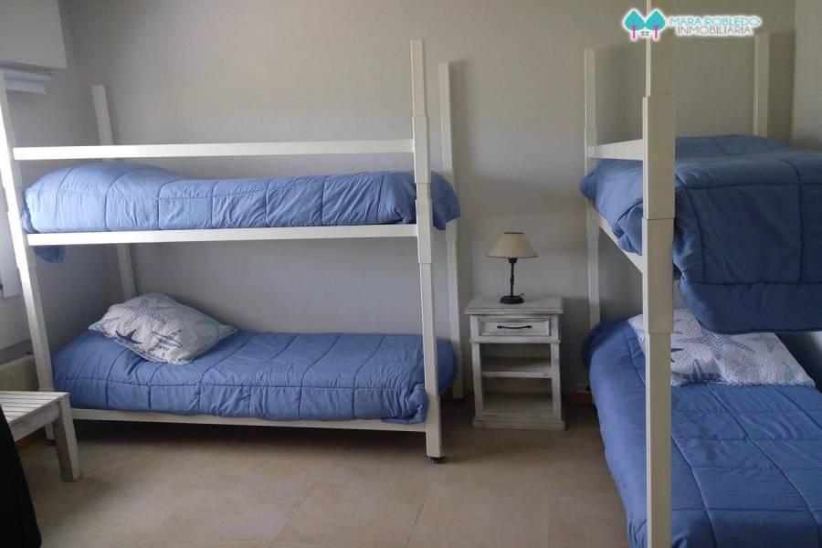 Costa Esmeralda,Buenos Aires,Argentina,5 Bedrooms Bedrooms,3 BathroomsBathrooms,Casas,MARITIMO LOTE 22,5547