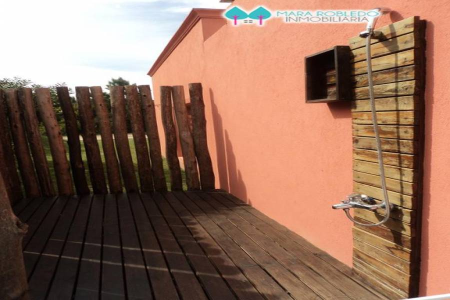 Costa Esmeralda,Buenos Aires,Argentina,4 Bedrooms Bedrooms,3 BathroomsBathrooms,Casas,RESIDENCIAL 1 LOTE 126,5551