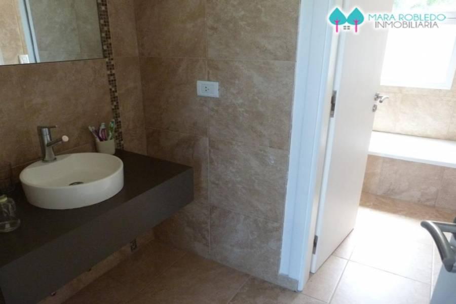 Costa Esmeralda,Buenos Aires,Argentina,4 Bedrooms Bedrooms,3 BathroomsBathrooms,Casas,RESIDENCIAL 1 LOTE 224,5557
