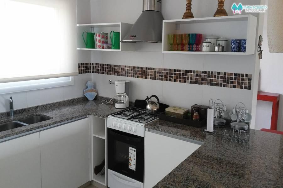 Costa Esmeralda,Buenos Aires,Argentina,3 Bedrooms Bedrooms,4 BathroomsBathrooms,Casas,RESIDENCIAL 1 LOTE 546,5571