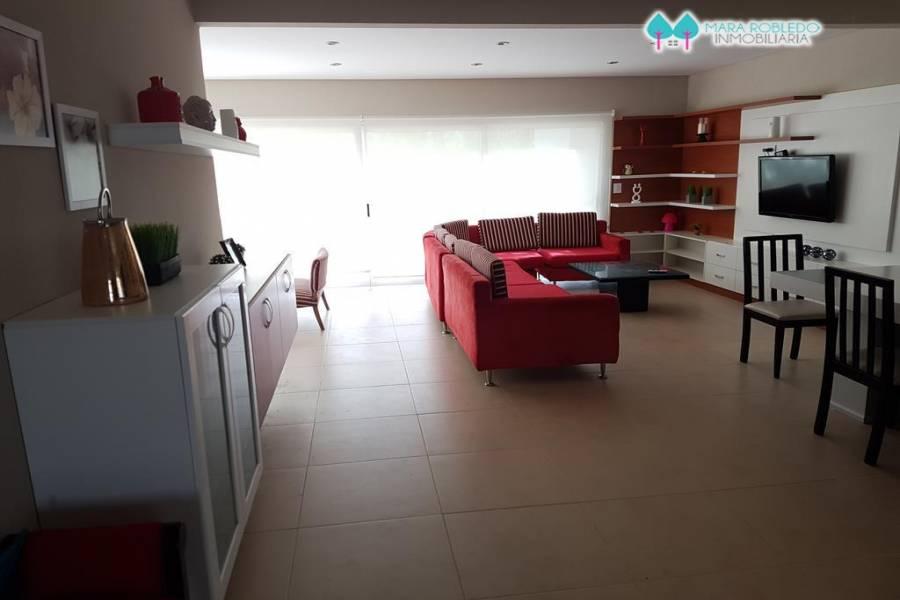 Costa Esmeralda,Buenos Aires,Argentina,4 Bedrooms Bedrooms,3 BathroomsBathrooms,Casas,RESIDENCIAL 1 LOTE 568,5575