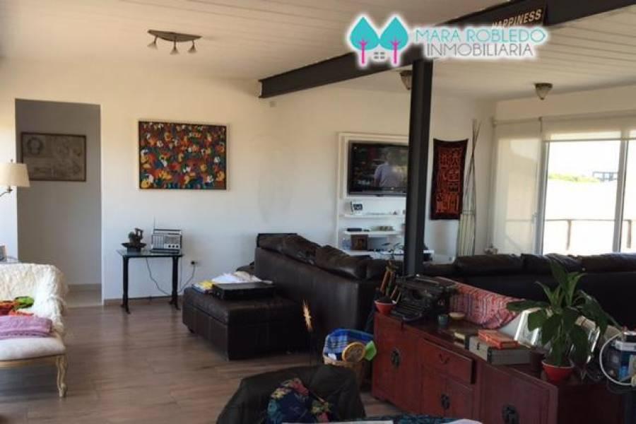 Costa Esmeralda,Buenos Aires,Argentina,4 Bedrooms Bedrooms,2 BathroomsBathrooms,Casas,RESIDENCIAL 1 LOTE 645,5581