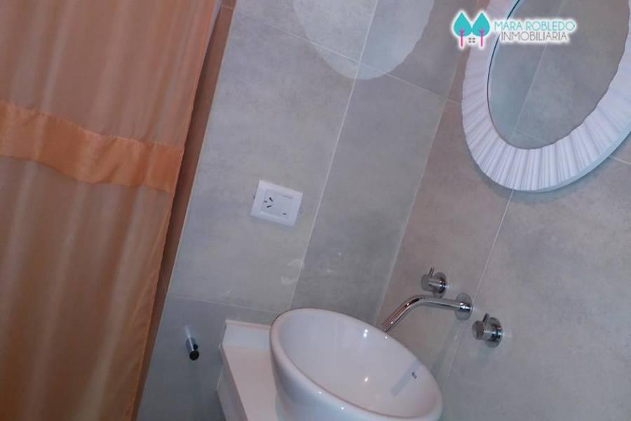 Costa Esmeralda,Buenos Aires,Argentina,4 Bedrooms Bedrooms,3 BathroomsBathrooms,Casas,RESIDENCIAL 1 LOTE 95,5587