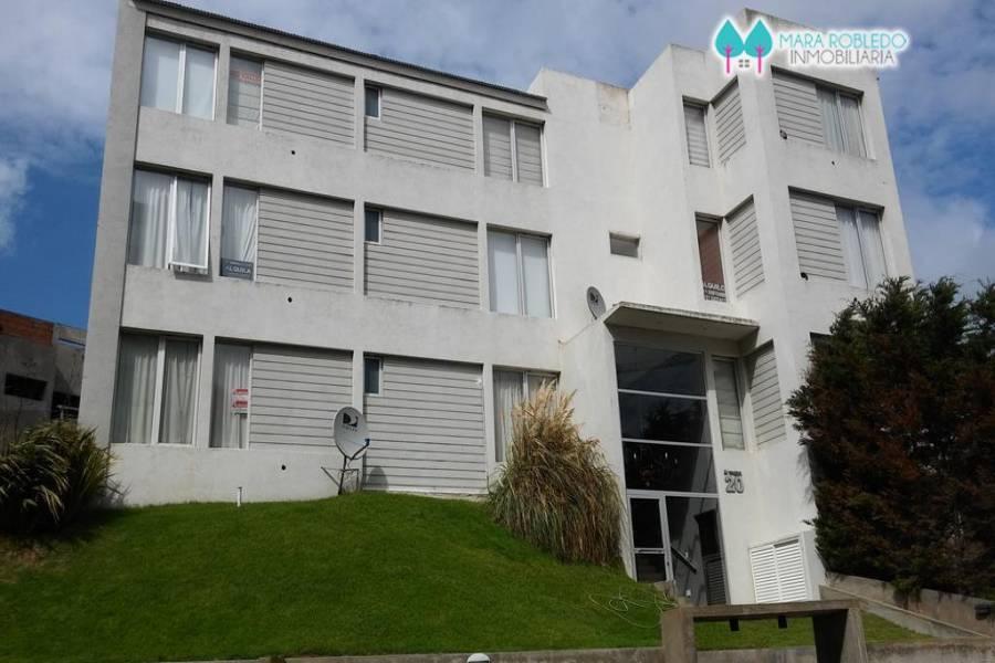 Pinamar,Buenos Aires,Argentina,2 Bedrooms Bedrooms,1 BañoBathrooms,Apartamentos,ALMEJAS 20 2° PISO,5619