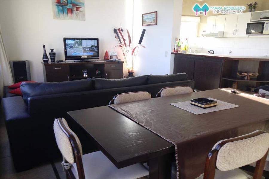 Pinamar,Buenos Aires,Argentina,2 Bedrooms Bedrooms,1 BañoBathrooms,Apartamentos,ALMEJAS 20 PB,5620