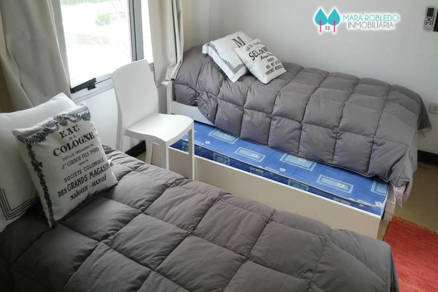 Pinamar,Buenos Aires,Argentina,3 Bedrooms Bedrooms,2 BathroomsBathrooms,Apartamentos,ALMEJAS 20 PB 2,5621
