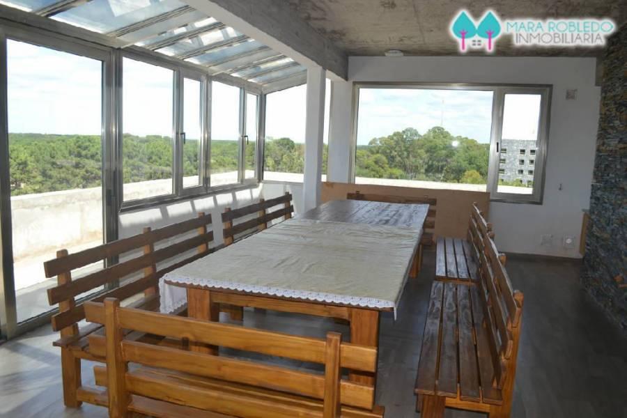 Pinamar,Buenos Aires,Argentina,1 Dormitorio Bedrooms,1 BañoBathrooms,Apartamentos,AV BUNGE 1800,5622